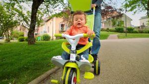 l'évolutivité d'un tricycle bébé évolutif